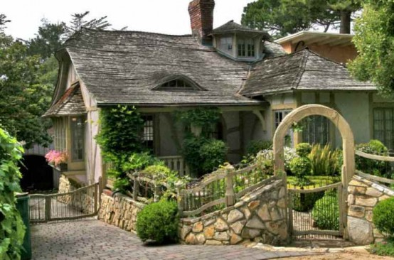 house-from-a-fairy-tale