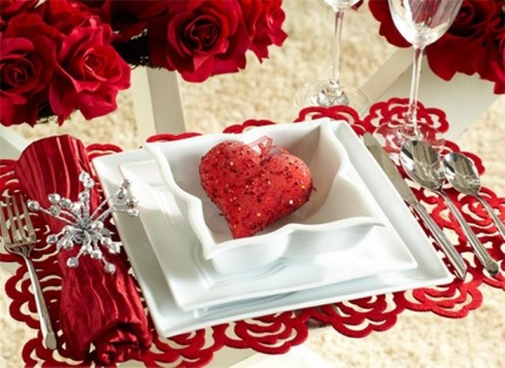 Romantic Table Décor For Valentine's Day10