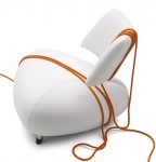 Stylish leather armchair by Leolux
