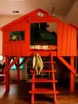 kids treehouse