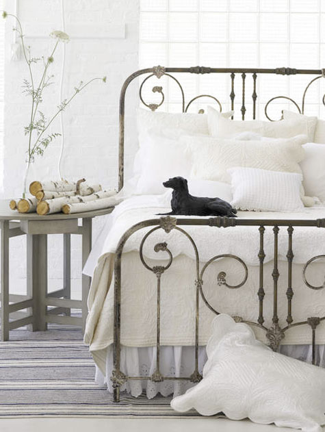 Country style decoration ideas my desired home - Reasons choose wrought iron bed ...