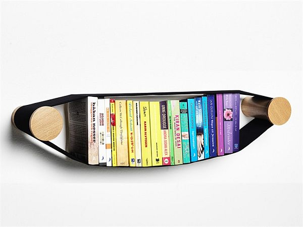 Elastico wall shelf by Arianna Vivenzio