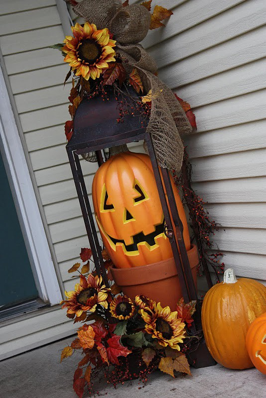 40 easy and creative outdoor halloween ideas my desired home for Pinterest halloween outdoor decorations