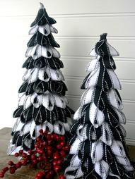 Amazing Black & White Christmas décor ideas11