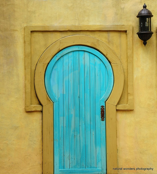 DIY decorate your door12