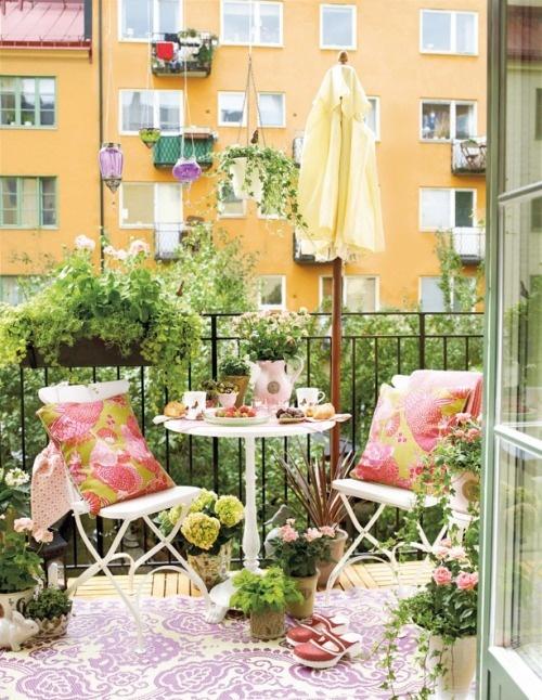 green balcony ideas2