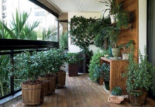 green balcony ideas3