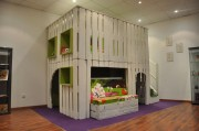 kid house made from pallets