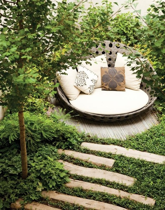 Garden Decoration Ideas Decorate the garden or porch with