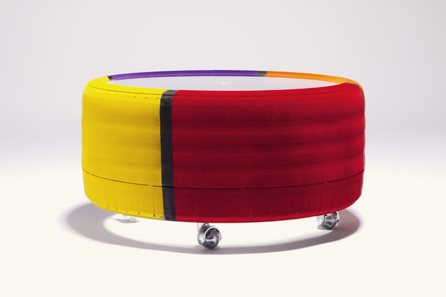 Amazing Tire table from tavomatico