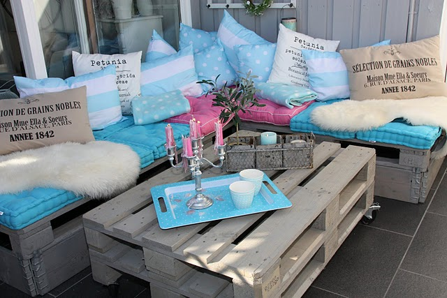 Diy pallet sofa ideas8