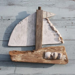 Best Diy Driftwood inspirations -driftwood-sailboat