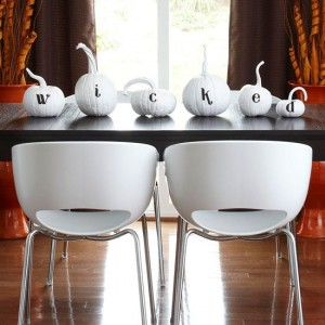 Black and white Halloween ideas14
