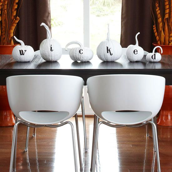 Black and white Halloween ideas14