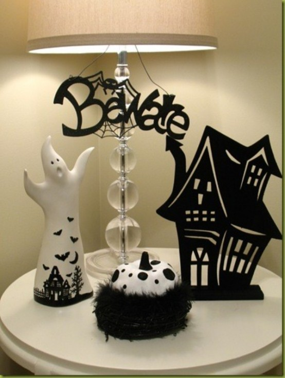 Black and white Halloween ideas19