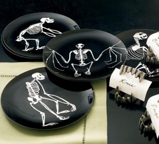 Black and white Halloween ideas31