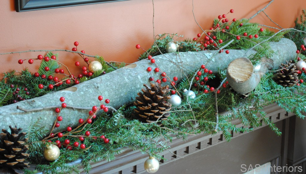 Christmas decoration with a log4