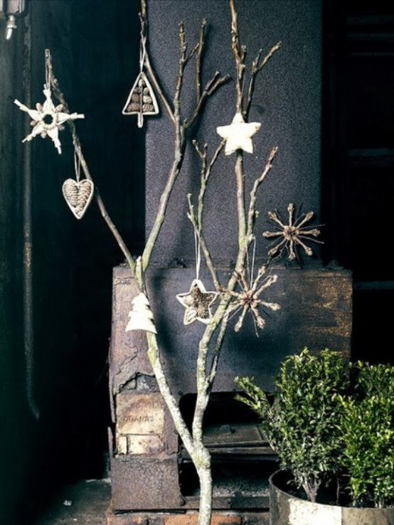 Decorating for Christmas with branches14