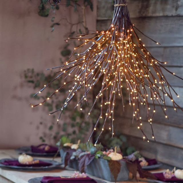 Decorating for Christmas with branches17