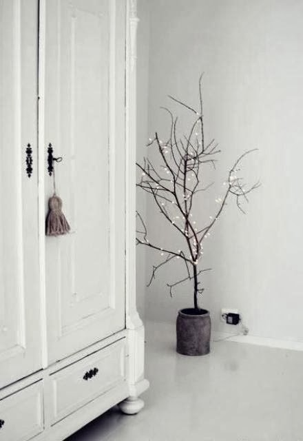 Decorating for Christmas with branches3