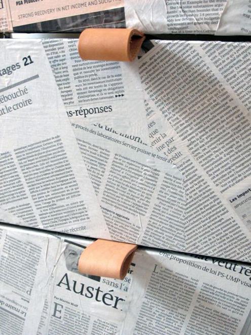 Newspaper Decoupage Furniture Technique2