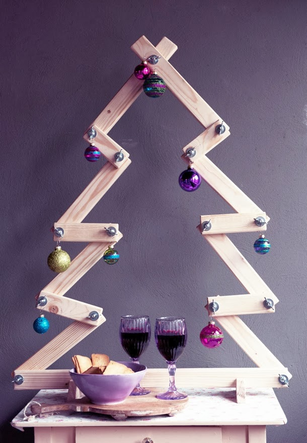 wooden Christmas tree ideas25