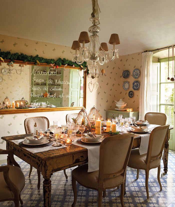 Christmas atmosphere in a fairy tale house9