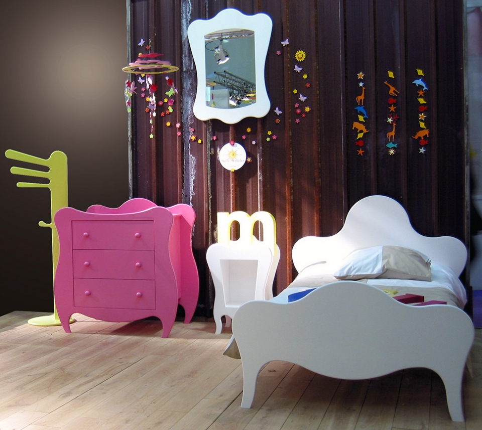Bright collection of children's furniture1