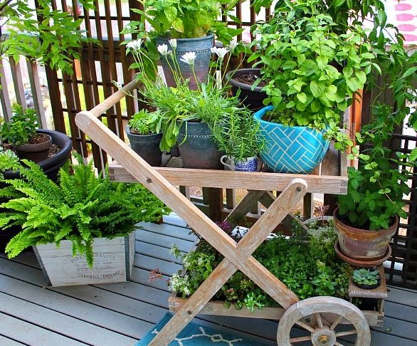 Ideas for small gardens - Balconies23