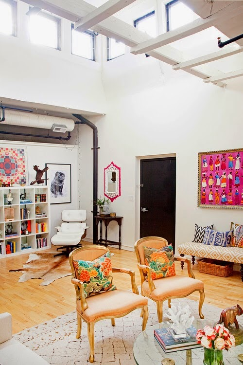 Eclectic decor in a loft5