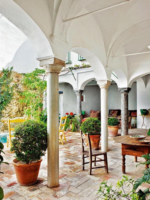 a summer house in Sevilla2