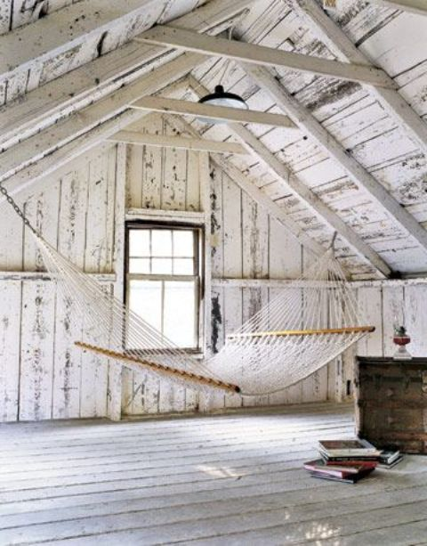 White attics With summer flavor2
