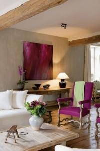 Purple decorative touches2