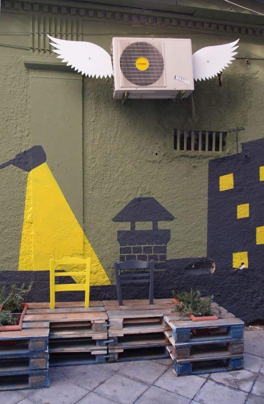 Street art conversion with pallets, plants and painting6