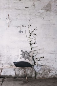 Christmas tree ideas from log and branches10