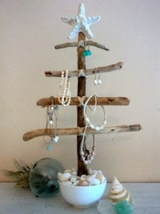 Christmas tree ideas from log and branches22