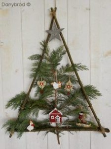 Christmas tree ideas from log and branches3