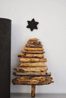 Christmas tree ideas from log and branches32
