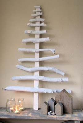Christmas tree ideas from log and branches36