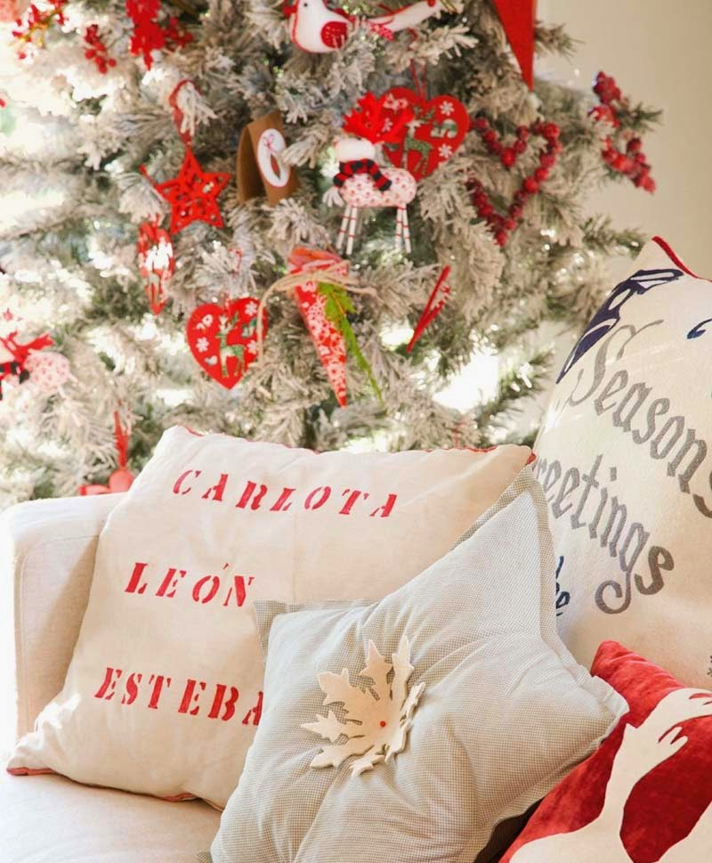 decorate the house for Christmas17
