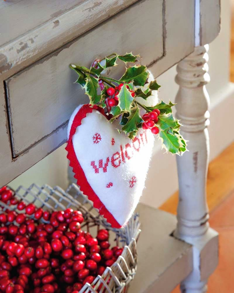 decorate the house for Christmas3