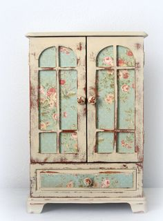 Furniture decoupage ideas my desired home for What kind of paint to use on kitchen cabinets for nappes papier
