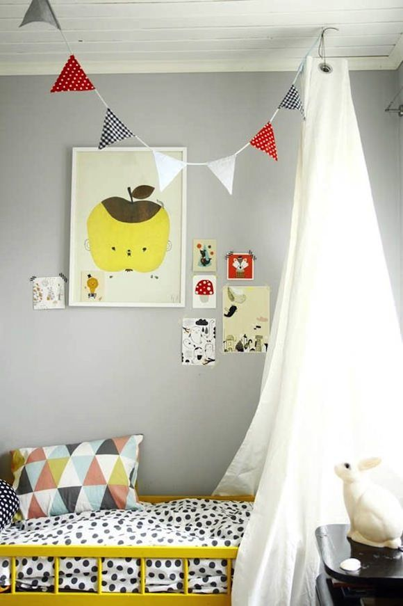 Kids rooms with color and pop details11