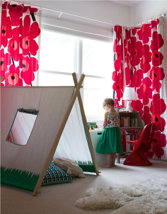 Kids rooms with color and pop details8