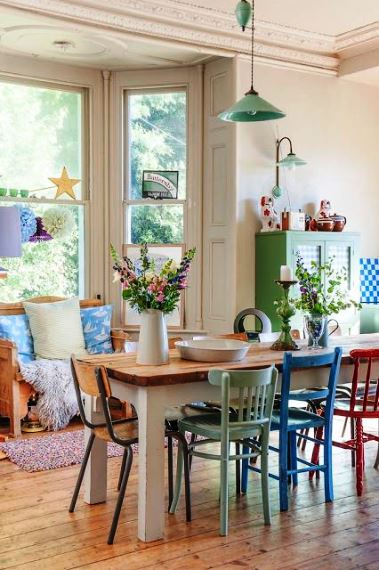 Colorful houses ideas for any decor6