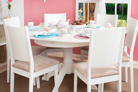Dining room decorated with romantic style5