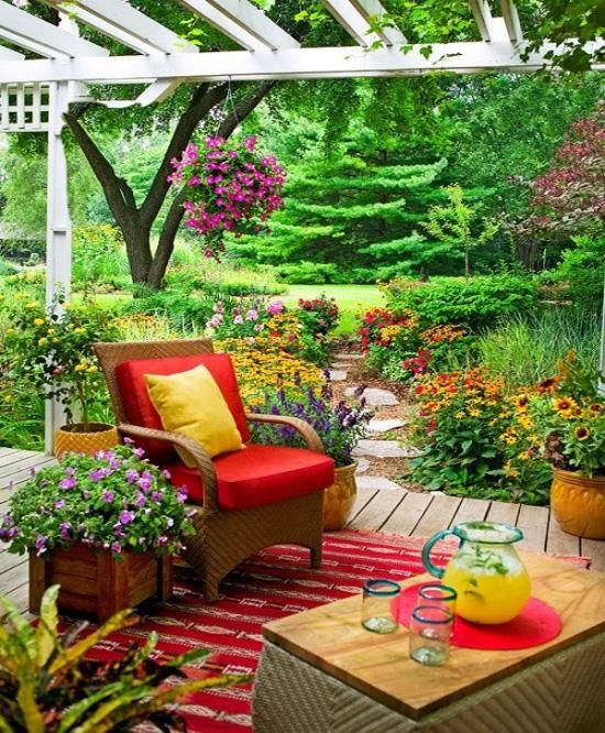 30 great summer landscaping ideas for Great garden ideas