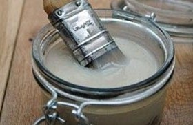 Homemade glue for crafts