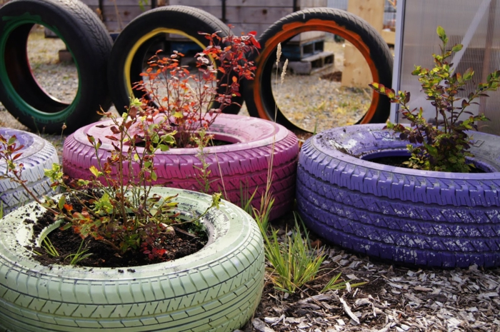 Plant containers from old car tires11