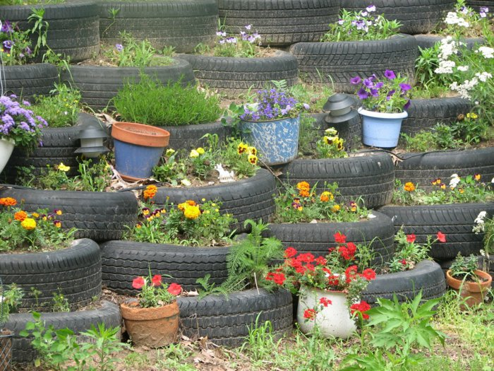 Plant containers from old car tires12